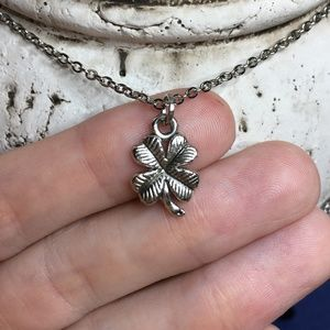 🍀 Lucky 4 Leaf Clover Necklace 🍀 4for$20